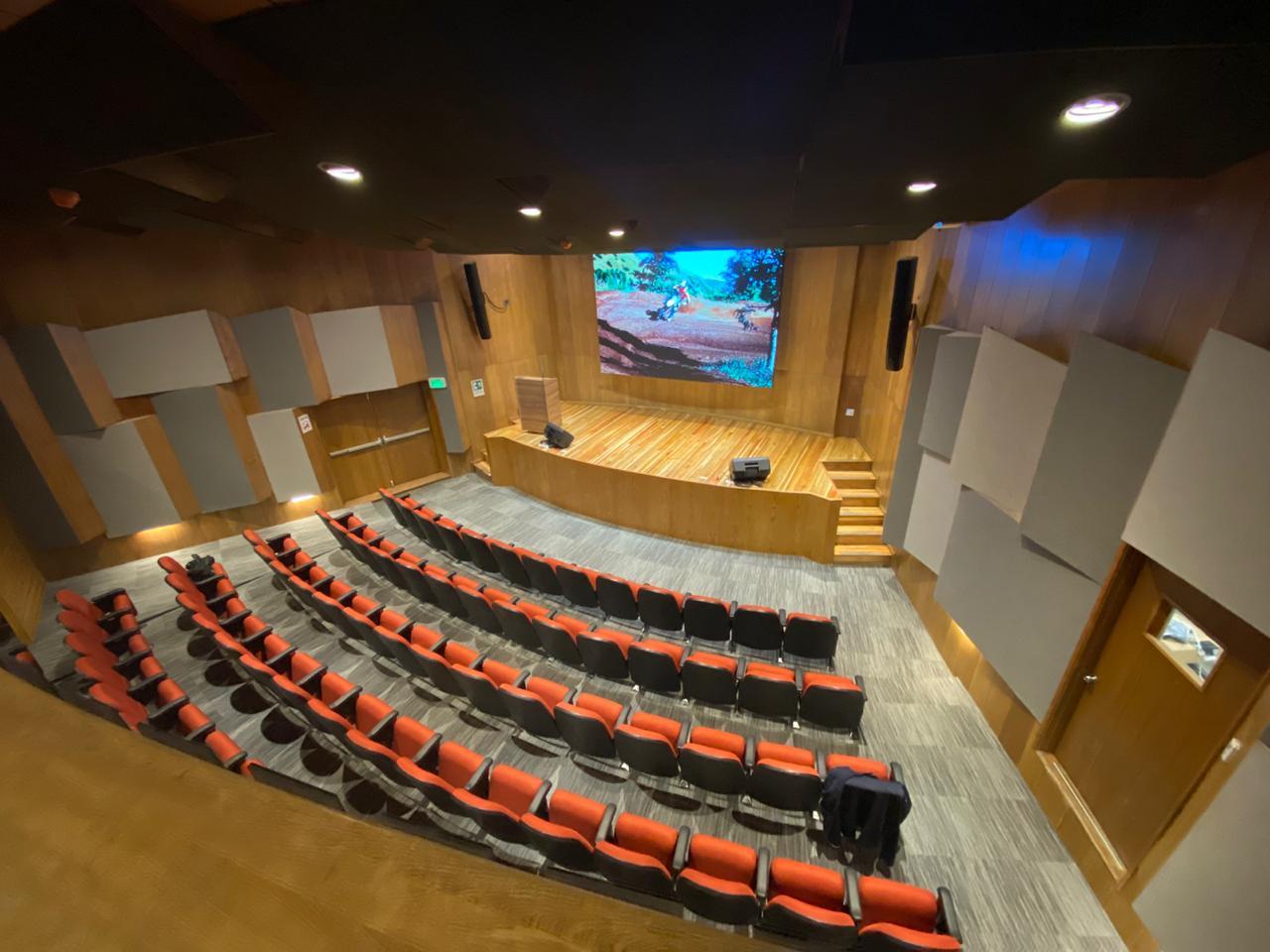 Proyectos de audio iluminación redes video diseño e integración tecnológica